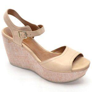 Clarks Artisan Nadene Ziva Wedge Sandals size 9